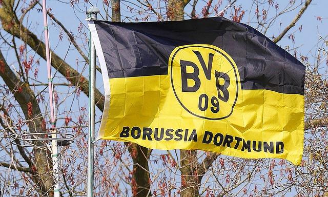Die Fahne vom Fussballverein Borussia Dortmund BVB 09